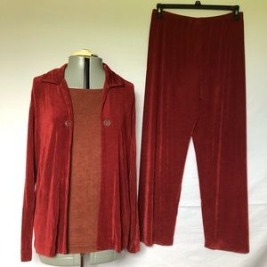Pant suit and tank top Chicos Travelers Size 2